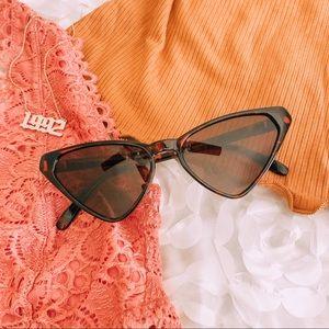 ✨NEW ARRIVAL✨Gatita   Fashion Cat Eye Sunglasses